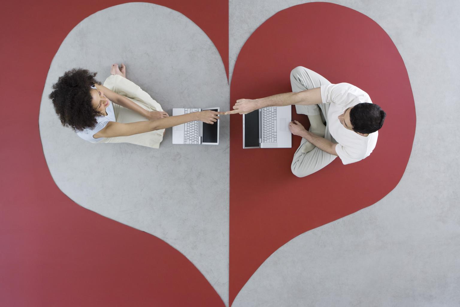 DATING via WEB