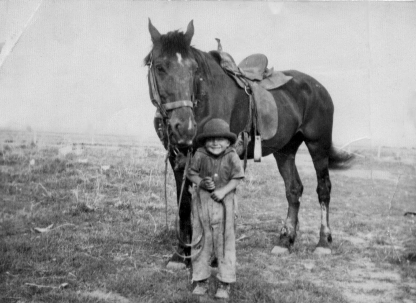 old-photo-of-horse-and-child