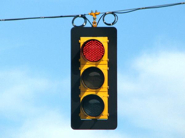 Verde rojo y amarillo: La historia del semáforo
