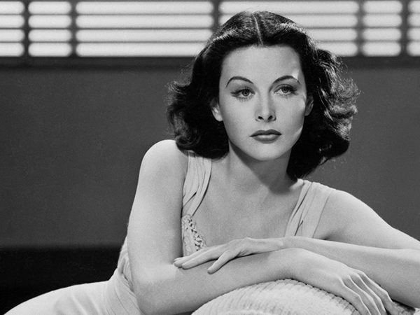 Hedy Lamarr, la más bella del cine e inventora de las telecomunicaciones
