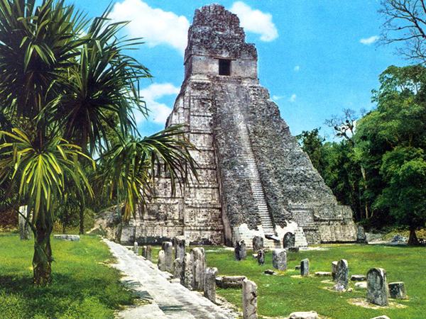 """Tikal """"Lugar de las Voces"""""""