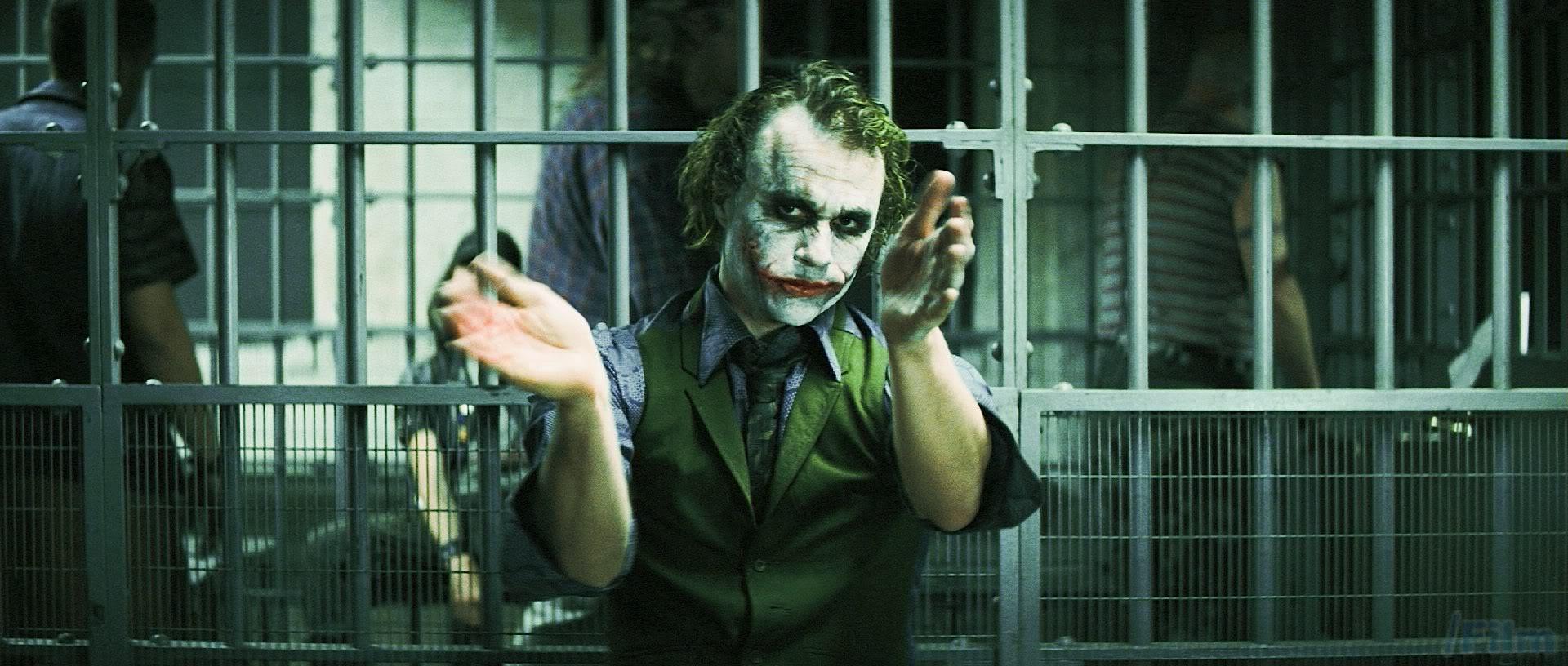 joker-clapping