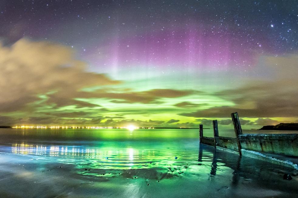 Ninguna fotografía, por buena que sea,  hace justicia a lo espectacular de una Aurora Boreal en vivo