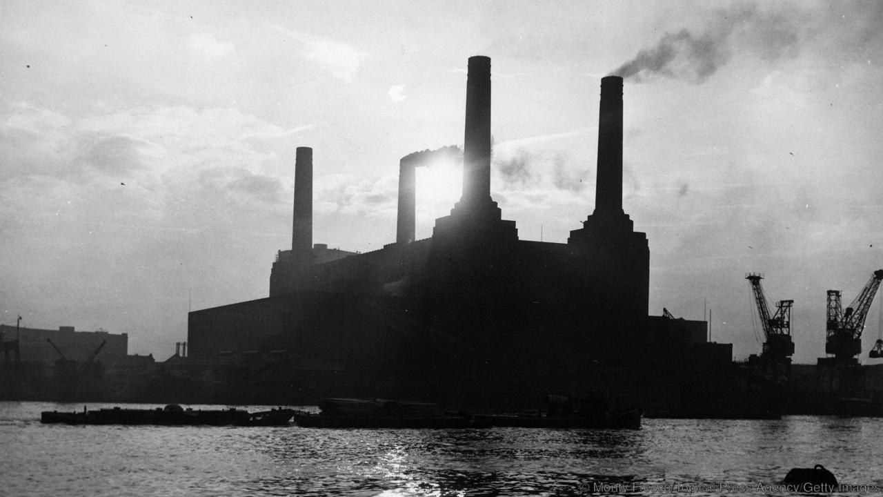 25th January 1954: Battersea power station in London. (Photo by Monty Fresco/Topical Press Agency/Getty Images)