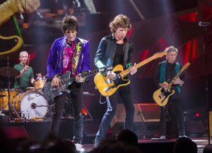 Robo y polémica en el mundo del rock