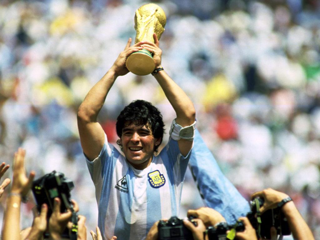 El único e inigualable Diego Armando Maradona