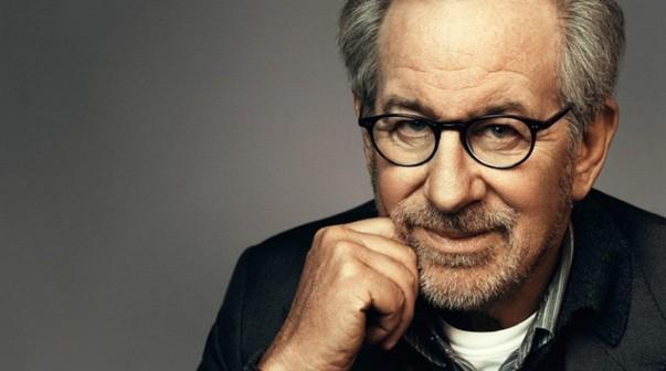 La fascinante historia de cómo se tituló Steven Spielberg