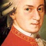 Nace Amadeus Mozart